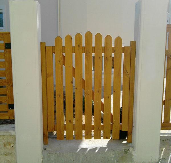 Έπιπλα Κήπου – Ειδικές Κατασκευές από ξύλο – Πόρτα – Κωδ:028