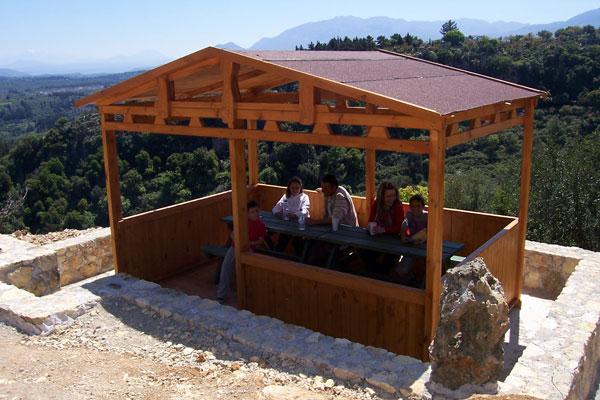 Έπιπλα Κήπου – Ειδικές Κατασκευές από ξύλο – Υπαίθριο Σπιτάκι – Κωδ:034