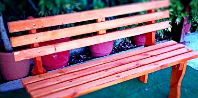 Έπιπλα Κήπου – Παγκάκια